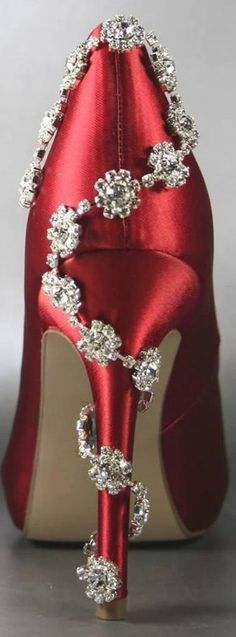 Red high heels & diamonds ✿⊱╮