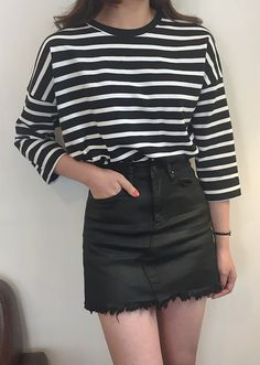 Nothing beats stripes and a grungy style skirt! #dailyaboutfashion