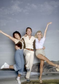 #three's company #1970s Come and knock on our door! I loved this show and had an young girl crush on John Ritter...R.I.P.