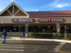 Hospice thrift store in the Six Gun Plaza, Silver Springs FL #hospice #silversprings #fl #thrifting #thriftstore #thrift #hunting #hunters #hunt