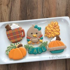 Sugar cookie decorating, group and private classes, royal icing, sprinkles, paint your own and all my latest creations! Thanksgiving Cookies, Fall Cookies, Iced Cookies, Cute Cookies, Royal Icing Cookies, Sugar Cookies, Christmas Cookies, Fall Decorated Cookies, Apple Smoothies
