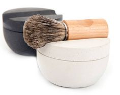 Recessed shaving bowl and badger brush