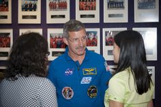 The Chicks in Space Team chatting with Astronaut Dan Burbank #conradawards