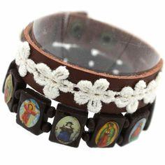 Daisy & Cameo Jesus Bracelet Set, £4.50