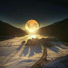 Dreamy night,Swiss Alps ,Switzerland by sennarelax Winter Moon, Winter Sunset, Shoot The Moon, Moon Shadow, Moon Pictures, Wild Pictures, Moon Magic, Beautiful Moon, Beautiful Hotels