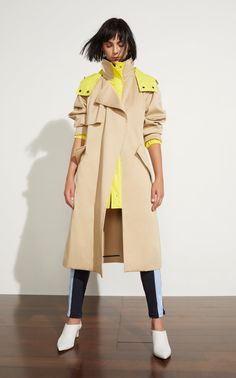 Trench Coat Outfit For Spring - FashionActivation Fashion Week, Look Fashion, Hijab Fashion, Fashion Outfits, Fashion Design, Fashion Trends, Cheap Fashion, Fashion Boots, Trendy Fashion