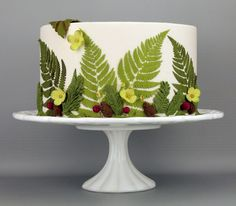 Learn to Stencil like a Pro! Patricia Moroz of Starlight Custom Cakes shares her tips and tricks for creating perfect stenciled details. Give your cake designs some wow factor with these gorgeous designs from Evil Cake Genius. Sensational Stenciling by Patricia Moroz This past season I had a typical weekend with multiple wedding cake deliveries and as with each wedding season, too much to do with too little time! After spending several days working on cakes with more complex designs, I wa...