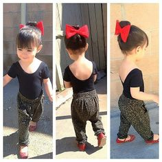 Holy cow thats cute! Id love to make lyla those pants ( and me)