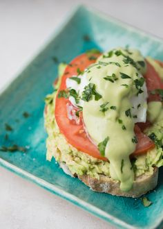 Avocado Toast Eggs Benedict with Avocado Hollandaise - The ultimate avocado lover's breakfast! A vegetarian eggs benedict that's super easy to make - this one hits all the marks. Avocado Eggs Benedict, Avocado Toast, Egg Benedict, Avocado Recipes, Healthy Recipes, Keto Avocado, Ripe Avocado, Recipe For Hollandaise Sauce, Steamed Asparagus