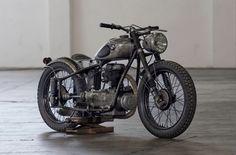 Ducati 800, Honda Cb125, Blue Cafe, Vintage Cafe Racer, Triumph Scrambler, Bmw Boxer, Indian Scout, Old Motorcycles, Modern Classic