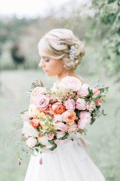 bridal bouquet - photo by Lora Grady Photography http://ruffledblog.com/fairytale-cottage-wedding-at-craven-farm