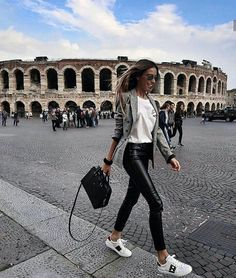 #Travellers #with #Style #in #beautiful #places #Style #ThemostStylish #Instagram