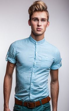 Web Collections - medium blonde straight hair styles I could totally rock this shirt Country Hairstyles, Top Hairstyles For Men, Haircuts For Men, Straight Hairstyles, Men's Haircuts, Medium Hairstyles, Wedding Hairstyles, My Hairstyle, Undercut Hairstyles