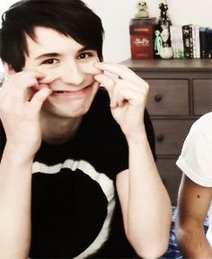 OMG, DAN, HOW ARE YOU BE SO CUTE AND ACT LIKE NOTHING HAPPENED SECONDS LATER!