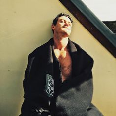 """50.4k Likes, 519 Comments - @thereallukeevans on Instagram: """"Happy Saturday people! #weekend #summer"""""""