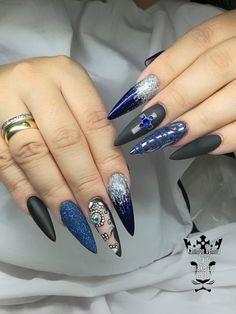 Rock nails  #nails💅 #nailart #rocknails #blackmatte #mirroreffect #suggareffect #handmadenailart   #naildecorations #freehand #naildecor #stilettonails #nailartaddict #nailaholic #nailprodigy #nailsoftheday #fotooftheday📷💕 nothingisordinary #nailartist #nailtechnician #marinaveniou #trustthexperts #beautymakesmehappy   www.kalliopeveniou.gr