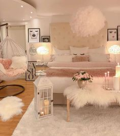 75 Young Girl Bedroom Designs - Inspiration and Ideas for Your Dream Bedroom - dougryanhomes Cute Room Decor, Teen Room Decor, Room Ideas Bedroom, Bedroom Photos, Small Room Bedroom, Teen Bedroom Designs, Dream Bedroom, Master Bedroom, Bedroom Decor For Teen Girls Dream Rooms