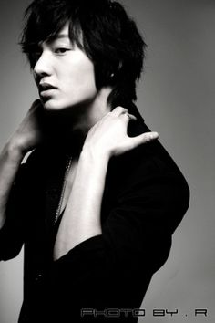 Lee Min Ho - I love black and white photos