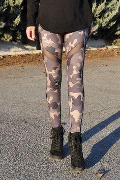 Κολάν παραλλαγής dry fit με διαφάνεια Fitness, Pants, Fashion, Trouser Pants, Moda, La Mode, Women's Pants, Fasion, Women's Bottoms