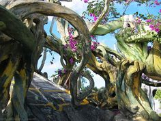 Exotic trees | Exotic And Strange Architecture Of Hang Nga Guesthouse In Vietnam ...
