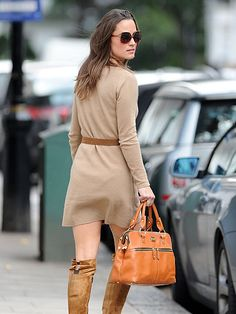 Neutral colored dress with brown accessories and her PIPPA bag. Call Poshdated at 811-21-41 for orders.