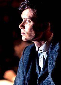 Cillian Murphy in Peaky Blinders Peaky Blinders Tommy Shelby, Peaky Blinders Thomas, Cillian Murphy Peaky Blinders, Boardwalk Empire, Peaky Blinders Wallpaper, Comme Des Garcons, Film Serie, Tom Hardy, Birmingham