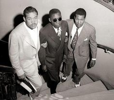 Isaac Woodard Jr., African American World War 2 veteran decorated for courage under fire during service in the Pacific, is beaten by South Carolina police until he's blind. He was declined the use of a toilet in South Carolina.  PHOTO: Joe Louis and Neil Scott help Isaac Woodard up a set a stairs soon after a beating left him blind. - See more at: http://historynewsnetwork.org/article/162274#sthash.dY03qw1H.dpuf