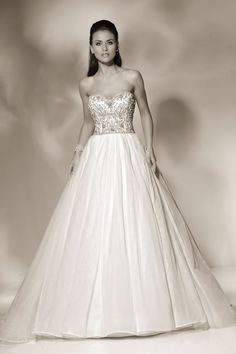 Designer details and breathtaking silhouettes from Cristiano Lucci- 12805- hayden