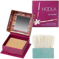 Benefit Cosmetics Hoola Matte Bronzer (€26) ❤ liked on Polyvore featuring beauty products, makeup, cheek makeup, cheek bronzer, beauty, benefit, bronzer, faces and blush brush