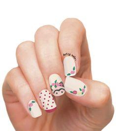 Uñas decoradas con motivos de Frida Kahlo Daisy Nails, Lace Nails, Rhinestone Nails, Flower Nails, Margarita Nails, Nail Lab, Nails Design With Rhinestones, Striped Nails, Leopard Nails