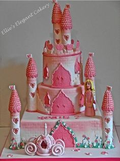 Castle cake :) - Cake by Ellie @ Ellie's Elegant Cakery