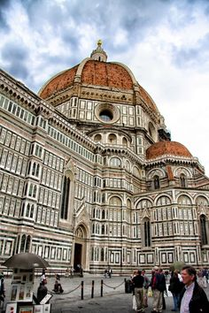 The Duomo In Florence Italy...this pic is right across from my favorite gluten free pizza place! I loooooove Florence!