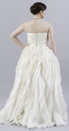 Monique Lhuillier Winter Ruffled Organza Dress - Nearly Newlywed