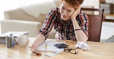 5 financial pitfalls to avoid in your 20s.