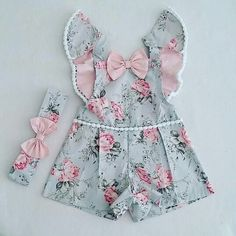 Image gallery – Page 434597432788390537 – Artofit Baby Outfits, Outfits Niños, Little Girl Dresses, Kids Outfits, Baby Girl Fashion, Kids Fashion, Baby Girl Birthday Dress, Baby Dress Patterns, Kids Frocks