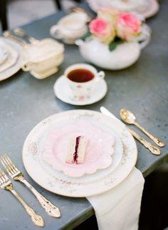 Stunning 30+ Garden Tea Party Bridal Shower. Love This Idea! https://weddmagz.com/30-garden-tea-party-bridal-shower-love-this-idea/