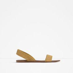 Immagine 1 di SANDALO BASSO PELLE di Zara