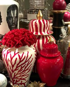 Exterior Design, Interior And Exterior, Lilac Bushes, Ginger Jars, Ceramic Painting, Coastal Homes, Stylish Dresses, Accent Colors, Decoration