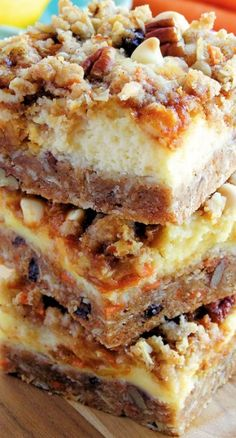 Carrot Cake Cheesecake Crumble Bars