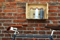 """Die umweltfreundlichen Trinkflaschen von 24Bottles sind für jegliche Flüssigkeiten geeignet und ein """"Must-Have"""" für kleine Pausen im Grünen oder Radtouren."""