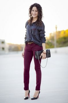 what color goes well with maroon | My Web Value Burgundy Pants Outfit, Burgundy Skinny Jeans, Colored Skinny Jeans, Maroon Color Palette, Color Combinations For Clothes, Black Silk, Black Blouse, Stylish Outfits