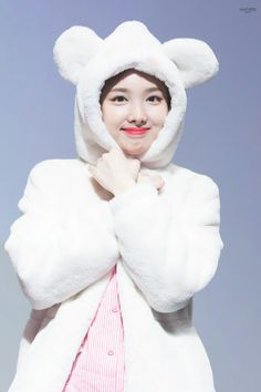 Nayeon is synonymous with cuteness Kpop Girl Groups, Korean Girl Groups, Kpop Girls, Wallpapers Kpop, Cute Wallpapers, Twice Once, Nayeon Twice, Dahyun, Im Nayeon