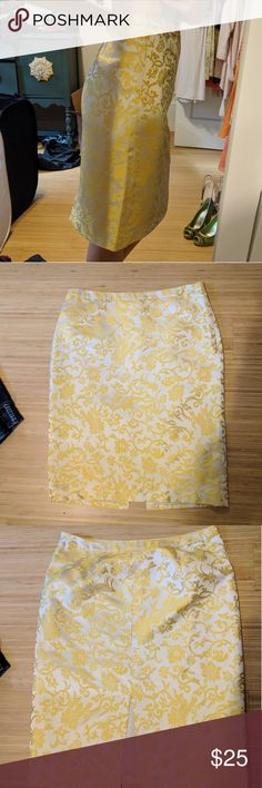 Banana Republic gold silk floral pencil skirt Both in great condition. The 6 was too big and the 4 was too small :( Banana Republic Skirts Pencil