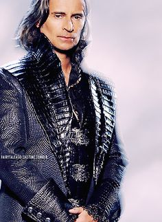 Rumplestiltskin - season 3 promo close up - made by fairytaleasoldastime - via Scribbles-by-Kate on Tumblr