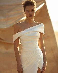 Fancy Wedding Dresses, Elegant Wedding Dress, Elegant Outfit, Bridal Dresses, Gala Dresses, Event Dresses, African Traditional Dresses, Buy Dress, Dream Dress