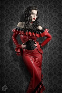 red and black latex ensemble~ Rockabilly, Fetish Fashion, Latex Fashion, Gothic Fashion, High Fashion, Women's Fashion, Rockabilly, Beauty Land, Mode Latex, Rubber Dress