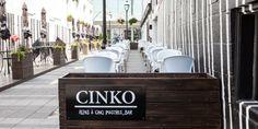 Cinko, 1641 St-Denis. Tout est à 5 $! Resto Montreal, St Denis, Bar, Places To Go, Photos, Cinema, Canning, City, Travel