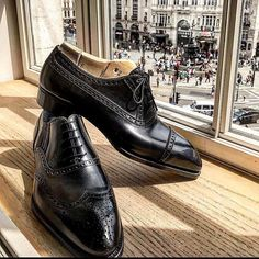 """""""hello London! Bestetti's way to black elegant shoes"""". Welcome to Bestetti London trunk show. At Hotel Cafe' Royal until 9pm. RVSP at marco.facchinetti@theblossomavenue.com"""