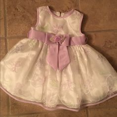 3/6 month old baby girl fancy dress 3/6 month old baby girl fancy dress perfect for Easter in mint condition never worn but no tags  from Bonnie's boutique bundle #71 Other