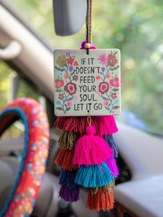 Cute Crafts, Crafts To Sell, Diy And Crafts, Paper Crafts, Diy Clay, Air Freshener, Clay Projects, Clay Art, Wooden Beads